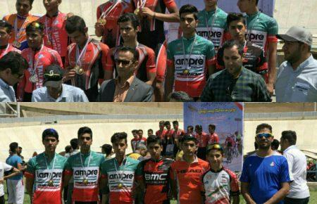 قهرمان نماینده تیم دوچرخه سواری موسسه کوثر یزد در مسابقات کشوری