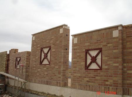 اجرای دیوار معابر ، تعویض خاک و اجرای سنگ جدول اطراف باغچه های