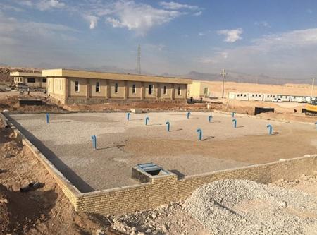 عملیات اجرایی سایت مخزن 5000 متر مکعبی و ایستگاه پمپاژ شماره ( 2)